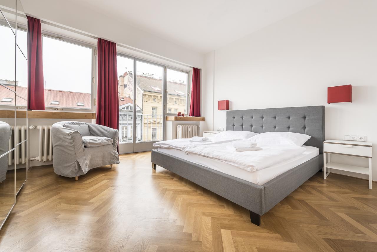 jasper hardwood flooring reviews of apartment merkur park prague czech republic booking com with regard to 118421680