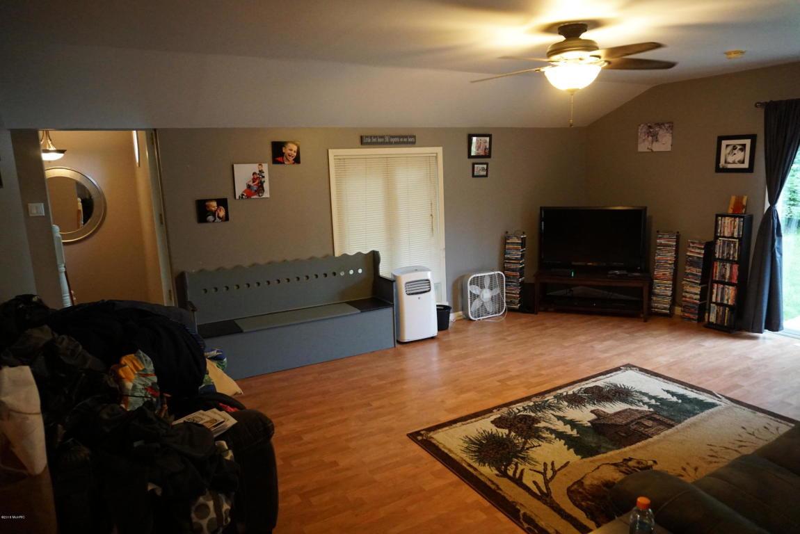 la hardwood flooring inc of 3930 s elm street fremont mi 49412 sold listing mls 18028697 for 3930 s elm street fremont mi 49412