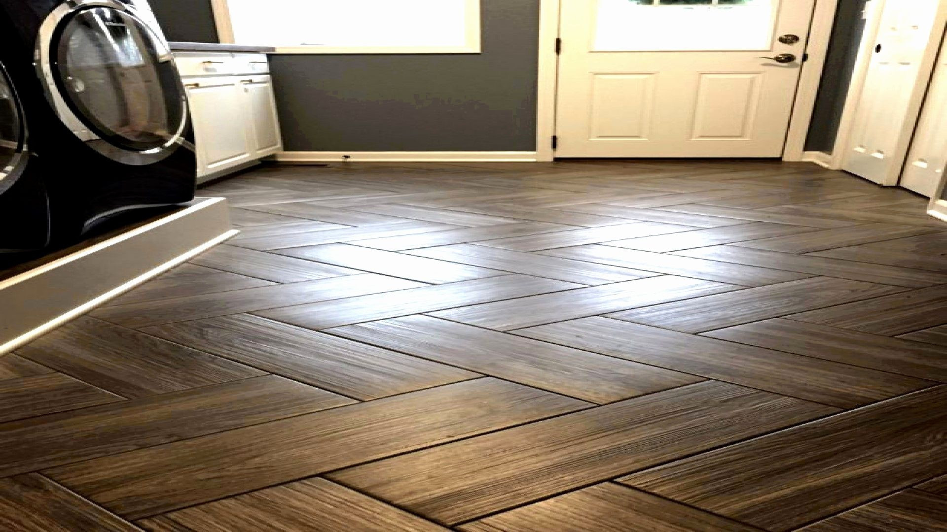 laminate hardwood flooring pros and cons of beautiful laminate flooring in bathrooms pros and cons greatest intended for kitchen floor tiles home depot elegant s media cache ak0 pinimg 736x 43 0d 97 best