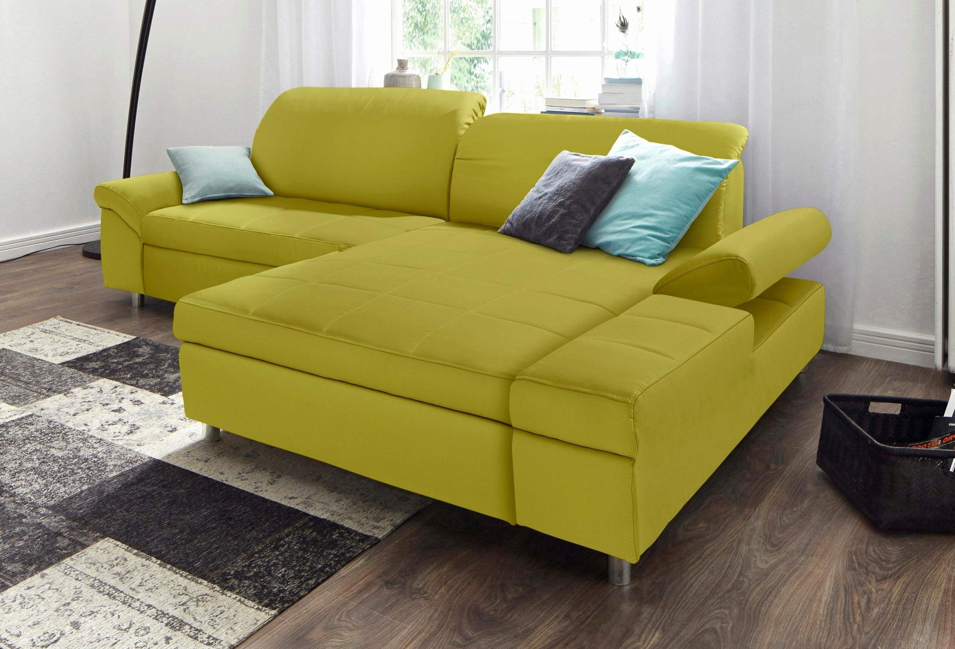 laminate or hardwood flooring which is better of best of pictures of laminate flooring in living rooms 332ndf org for laminate flooring ideas living room awesome mobel yellow living room lounge chair fresh palettenmobel lounge 0d