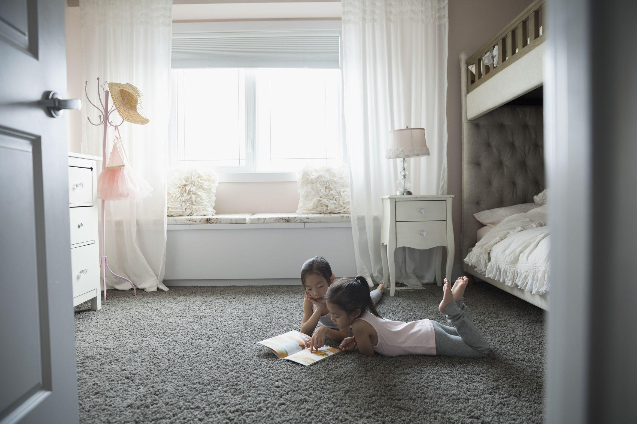 light hardwood floors bedroom of inexpensive bedroom flooring ideas for bedroomcarpetfloor gettyimages 705003699 5980ababd088c0001102e53c