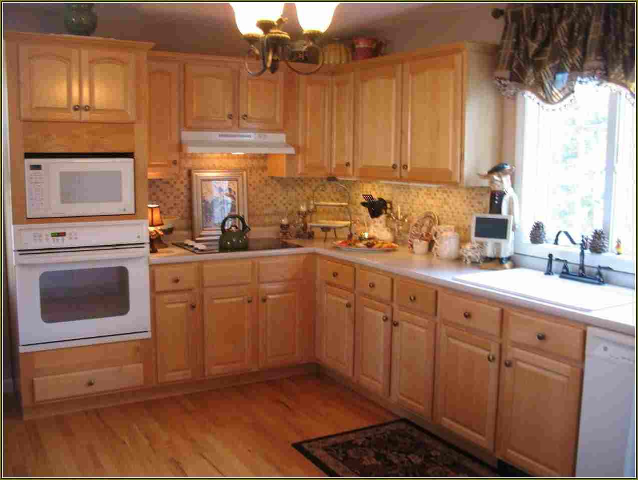 maple hardwood flooring pictures of floor modern maple flooring beautiful pickled kitchen cabinets with regard to maple kitchen cabinets with dark wood floors models home