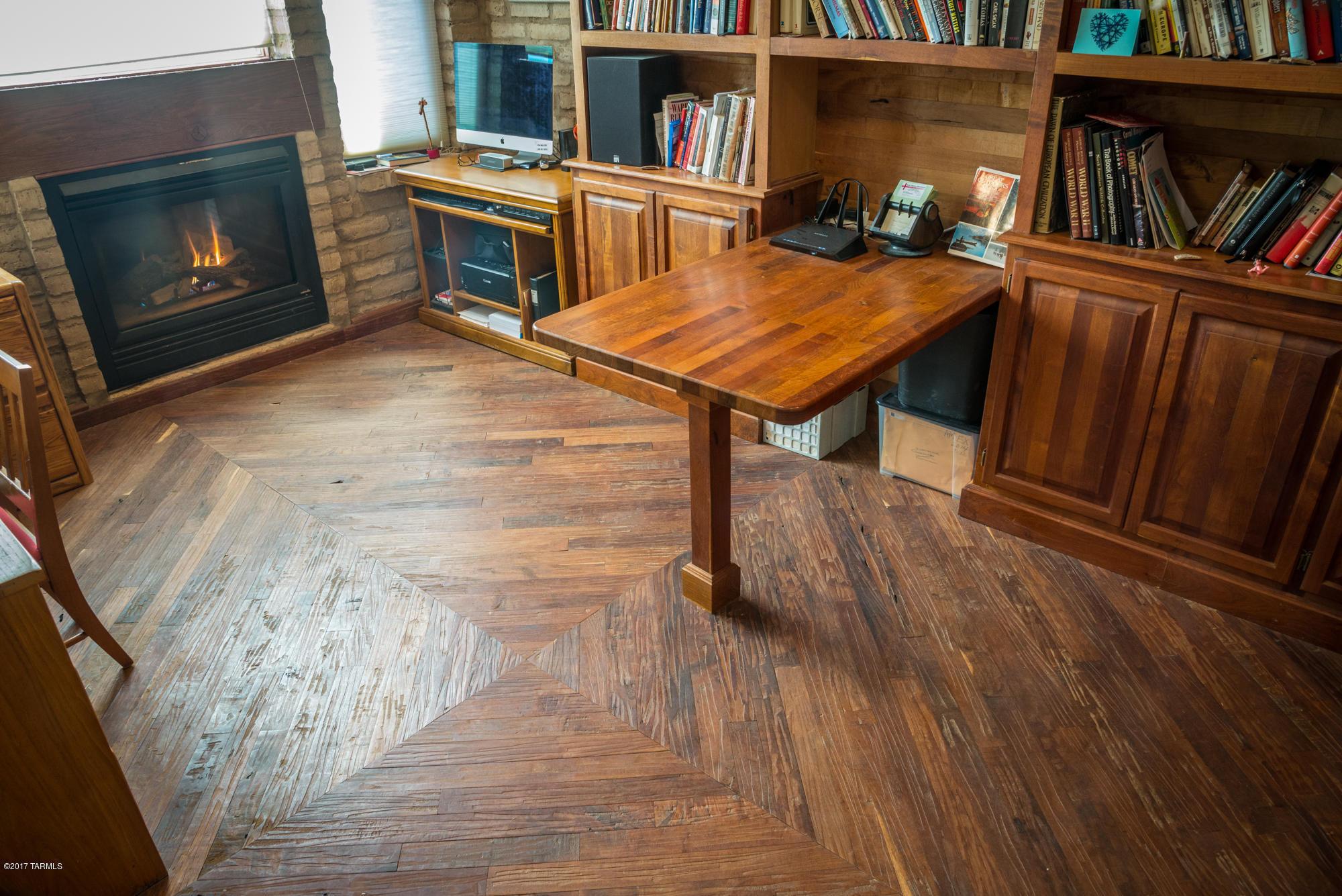 mesquite hardwood flooring price of 12 foothills court sonoita property listing mlsa 21714663 inside custom mesquite flooring and shelving