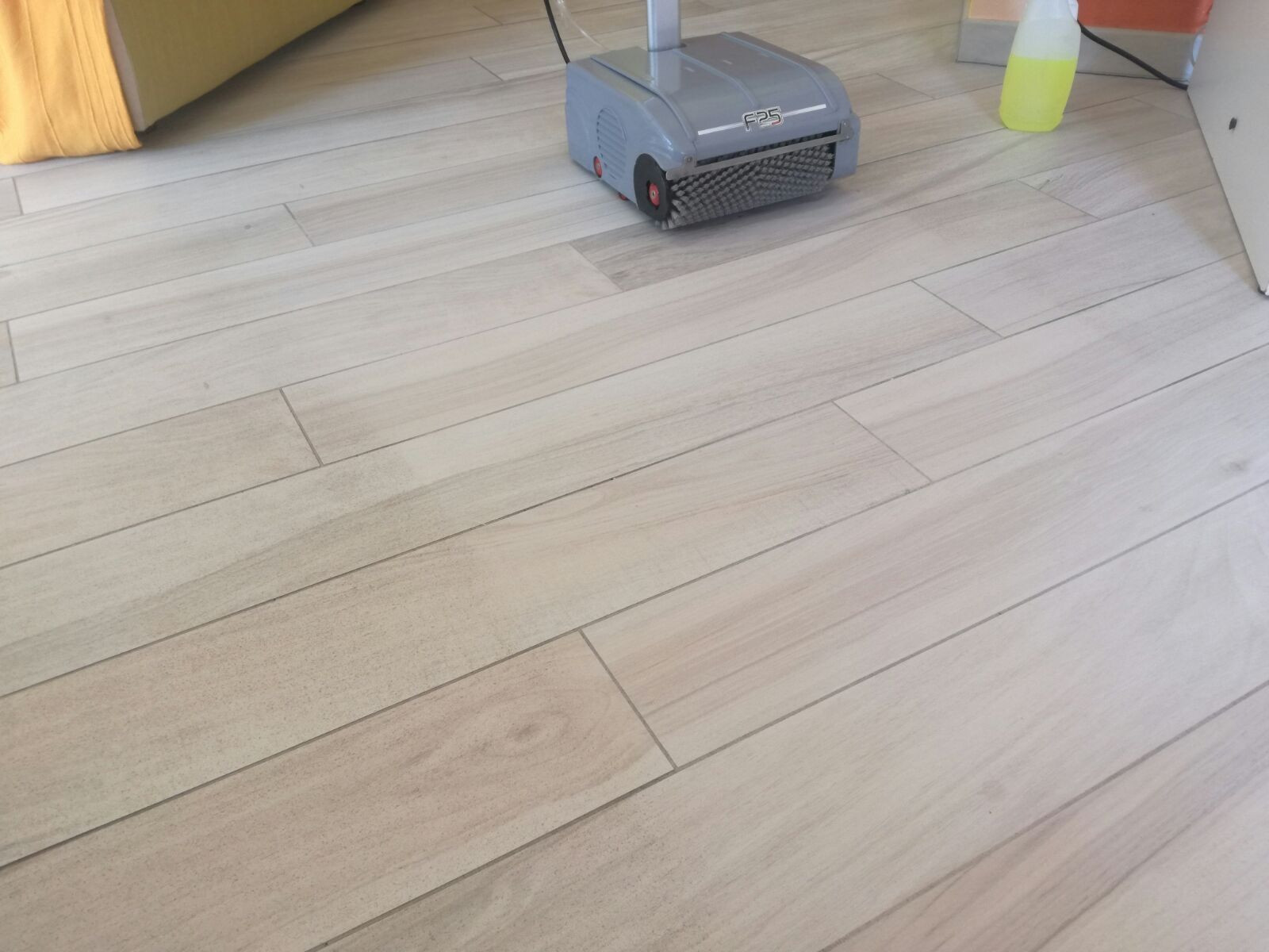 mohawk hardwood and laminate floor cleaner of laminate floor cleaner floor plan ideas within laminate floor cleaner professional floor scrubber floorwash f25 solving and collecting all