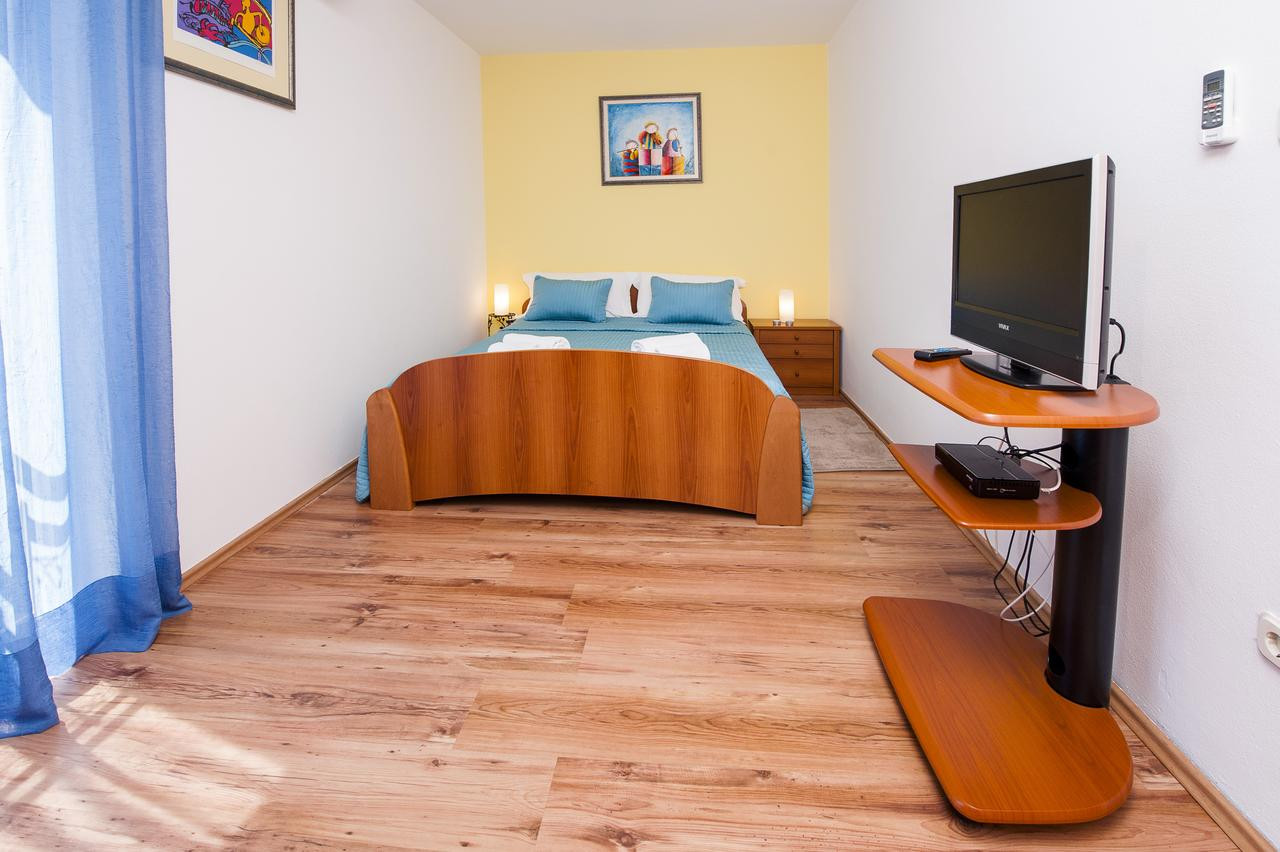 owens hardwood flooring reviews of apartments villa borik rovinj croatia booking com intended for 48105526