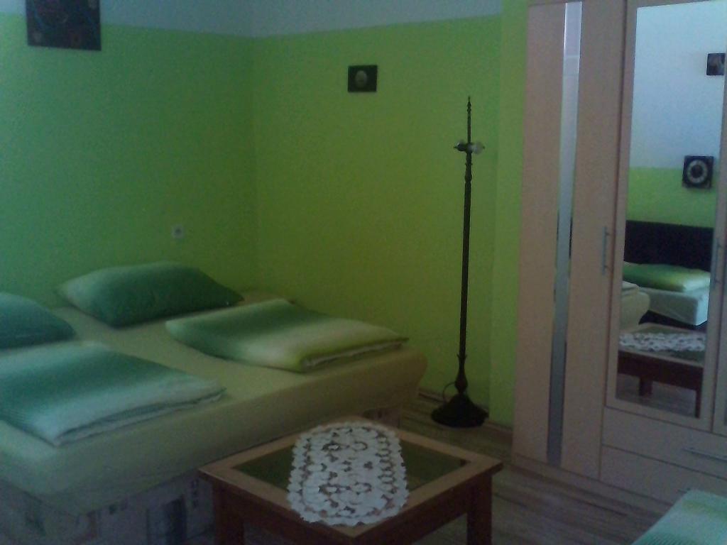 pb hardwood floor cleaner of apartmany lelovics ubytovanie vea¾ka½ meder updated 2018 prices for gallery image of this property