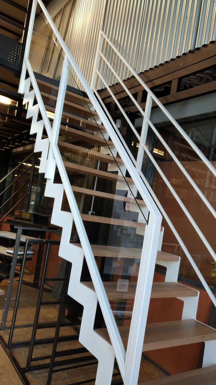 pc hardwood floors linden nj of 56 best escalier images on pinterest banisters modern stairs and pertaining to scalier limon cramailla¨re metal blanc marche bois raalisation par la sociata ml fusion dans le
