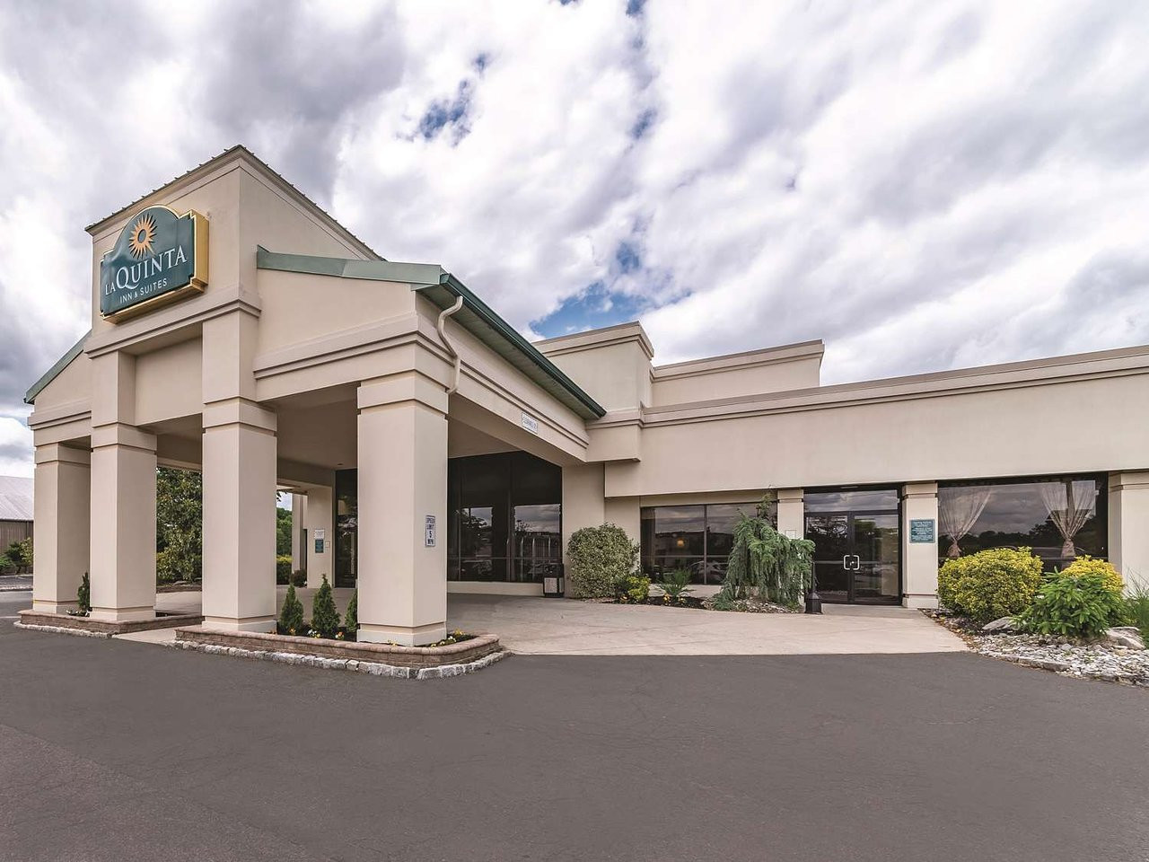 Pc Hardwood Floors Newark Nj Of La Quinta Inn Suites Fairfield Updated 2018 Prices Hotel Intended for La Quinta Inn Suites Fairfield Updated 2018 Prices Hotel Reviews Nj Tripadvisor