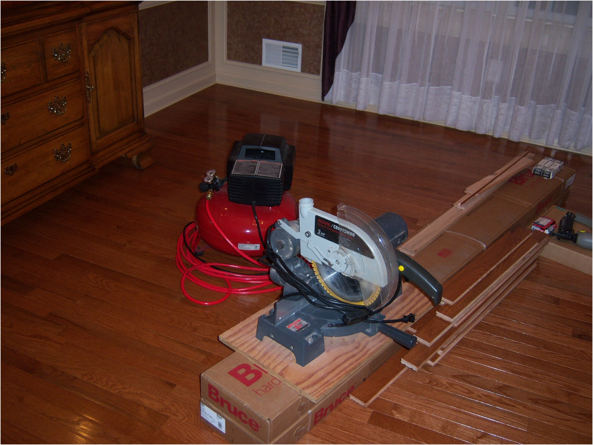 prefinished hardwood flooring price per square foot installed of how to install prefinished hardwood flooring on concrete flooring with regard to how to install prefinished hardwood flooring on concrete lovely hardwood floor installation bruce hardwood flooring installation