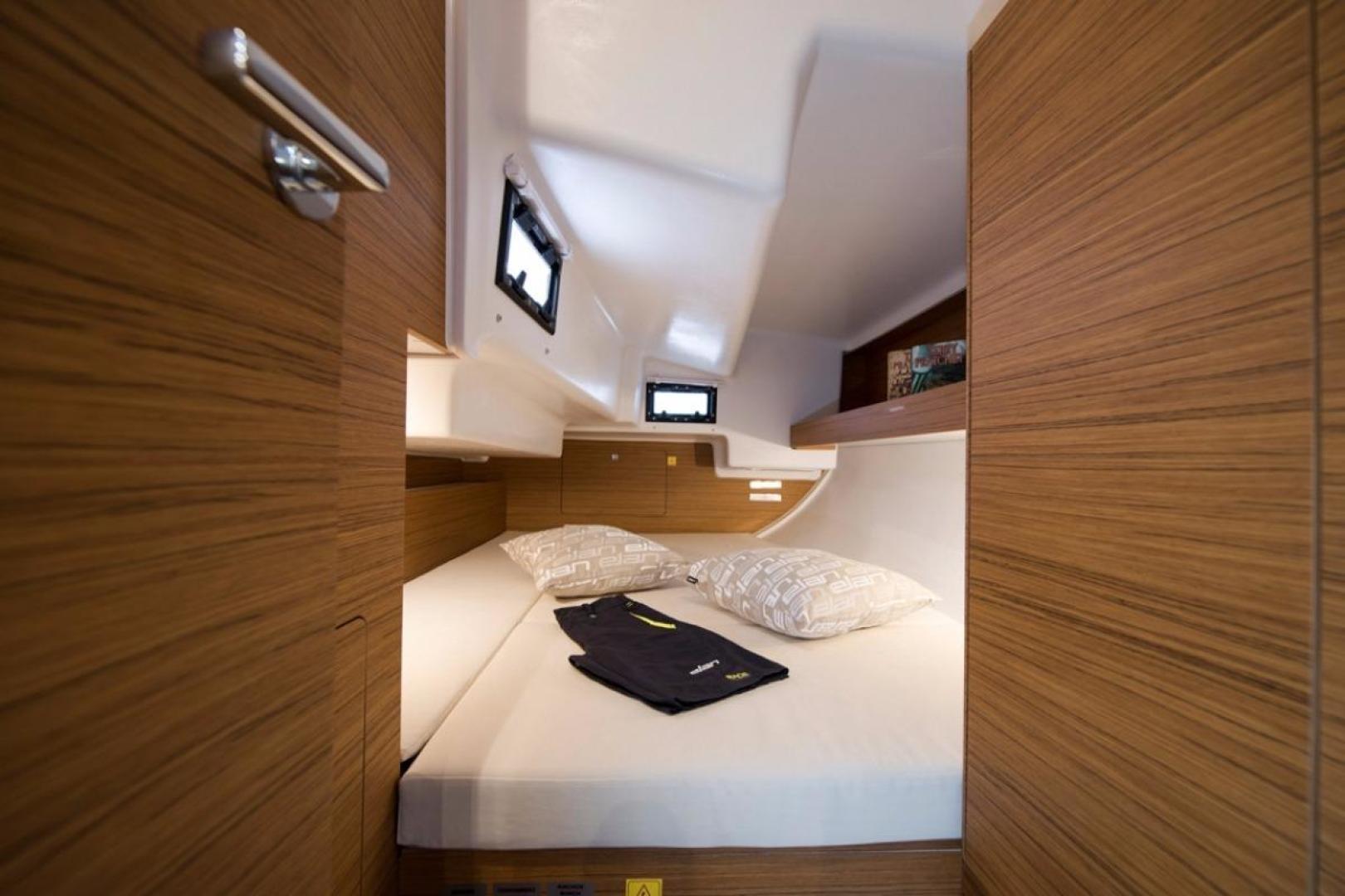 prestige hardwood flooring elmsford ny of 2017 elan e4 staten island yachts throughout launch gallery