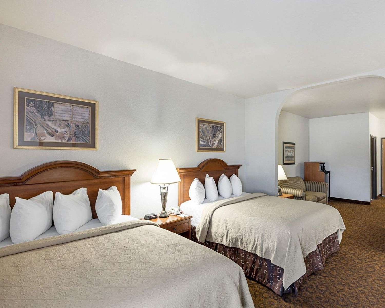 quality hardwood floors san marcos tx of quality suites san antonio tx see discounts within room quality suites san antonio