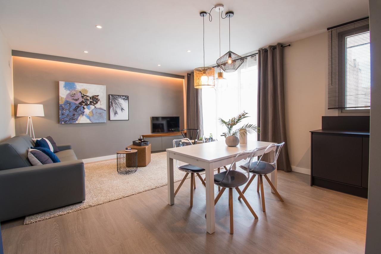 Rainbow Hardwood Flooring Reviews Of Apartment Gran Sebastian Sitges Spain Booking Com Regarding 143560693