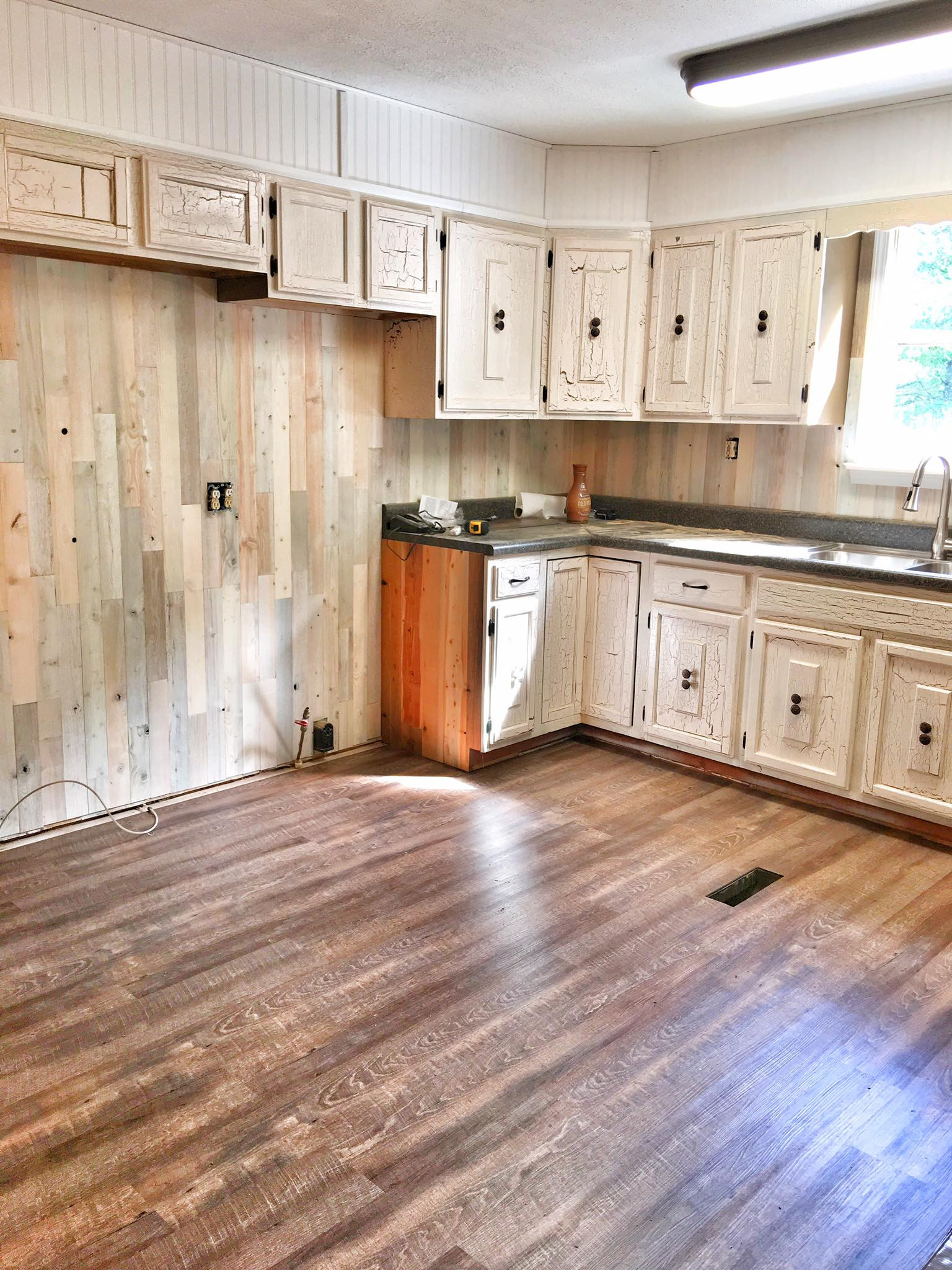 17 attractive Reclaimed Hardwood Flooring Maine 2021 free download reclaimed hardwood flooring maine of timberchic easy to use peel and stick wood planks to update your with coastal white