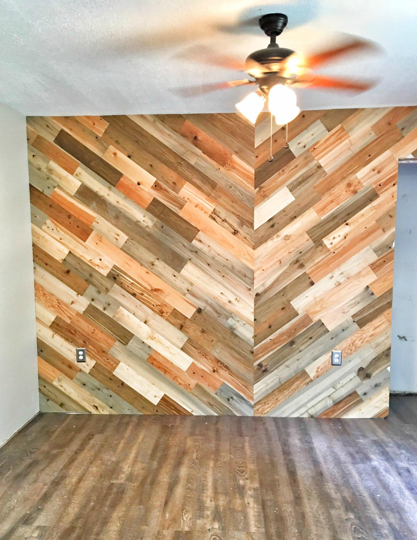reclaimed hardwood flooring prices of timberchic easy to use peel and stick wood planks to update your with river planks