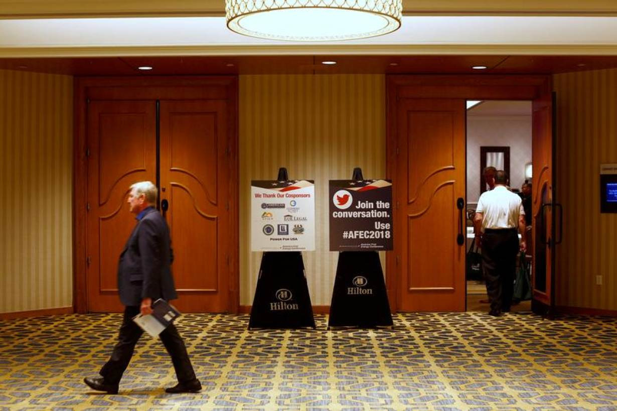 16 Spectacular Reversing Hardwood Flooring Direction 2021 free download reversing hardwood flooring direction of at america first energy conference solar power is dumb climate with attendees walk past signage during the america first energy conference 2018 in ne