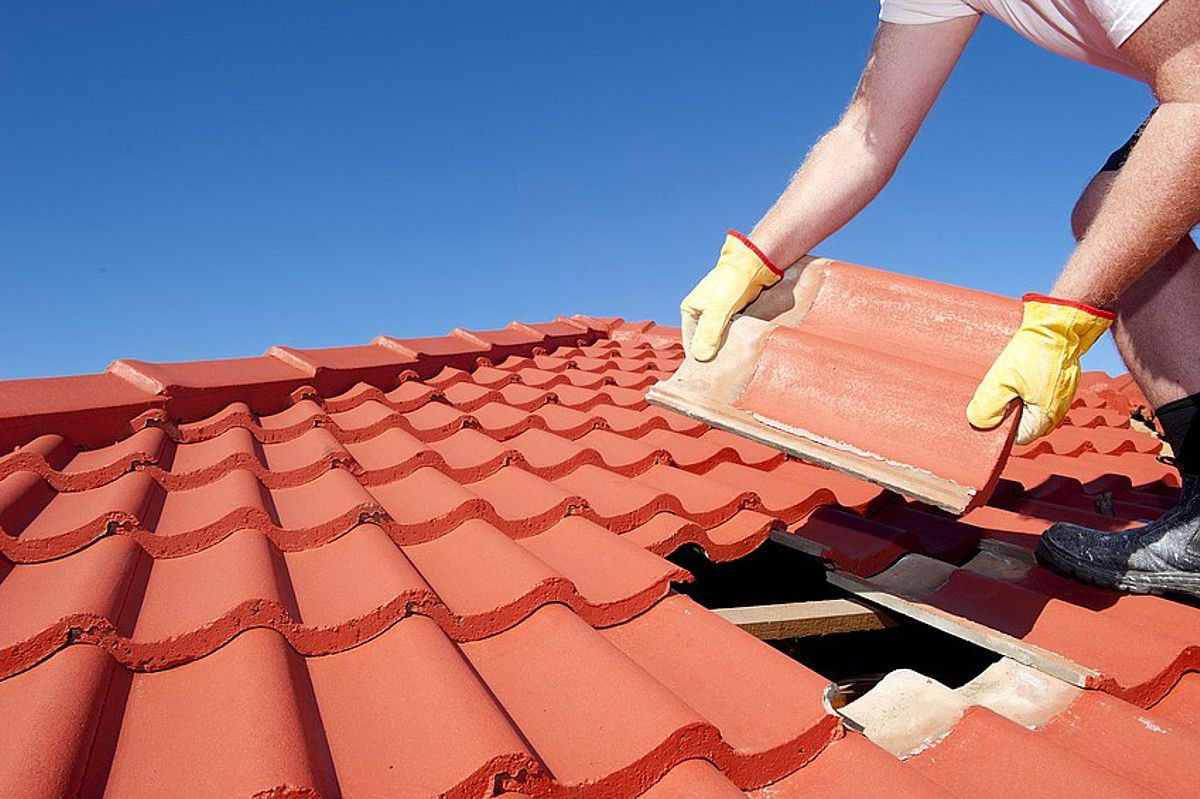 Roofing Felt Hardwood Floor Underlayment Of How to Select the Best Roof Shingle Material for Your Home Pertaining to Tile Roof Fotolia 49126096 S 56a4a2d35f9b58b7d0d7f004