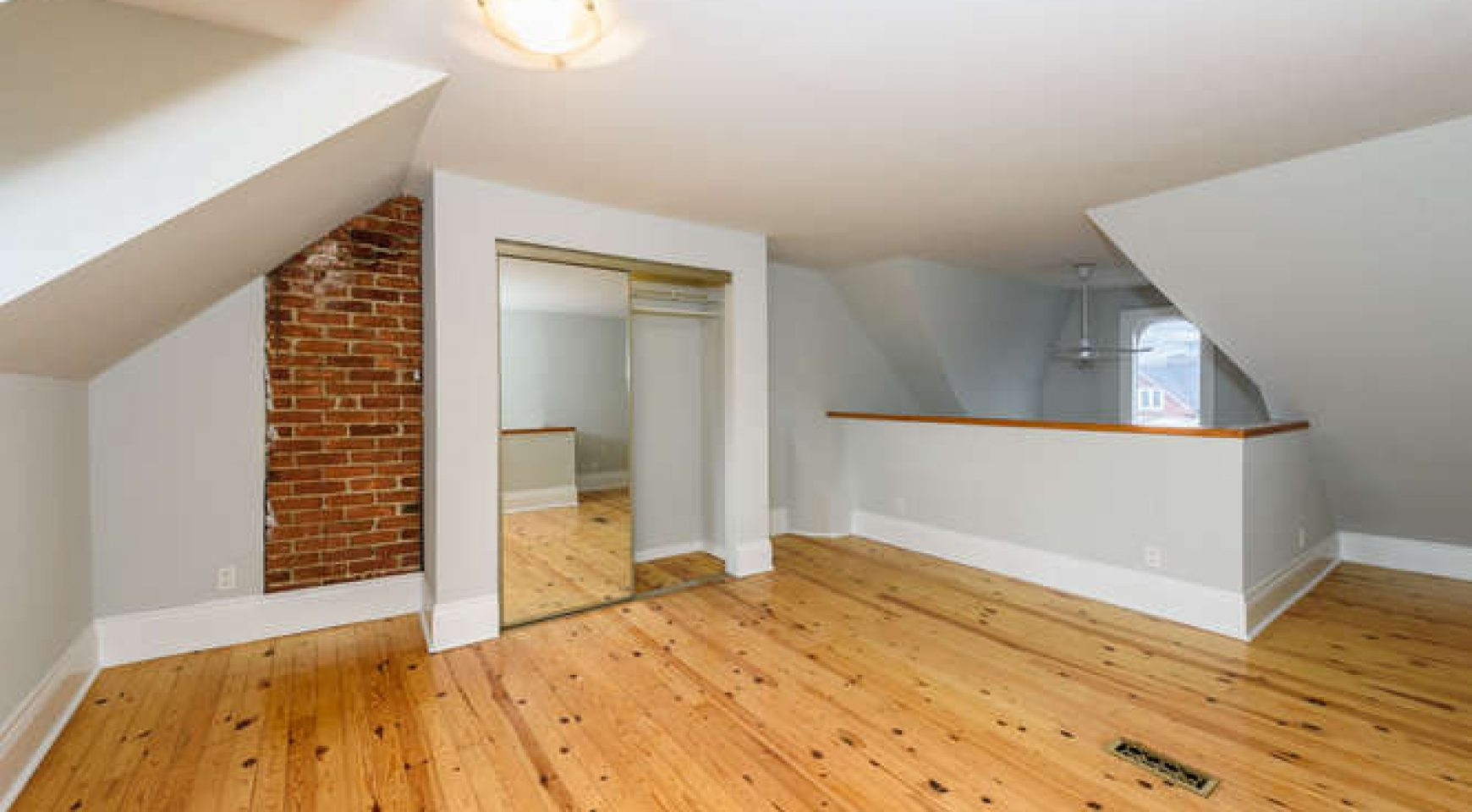 shaw hardwood flooring canada of 220 shaw street trinity bellwoods sold west queen west realtor throughout sold