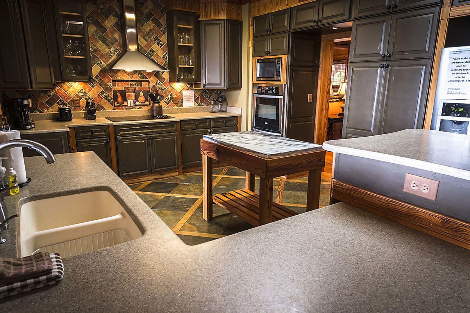 Stonewood Hardwood Flooring Reviews Of Property Info Blue Ridge Mountain Rentals Inside Back to top