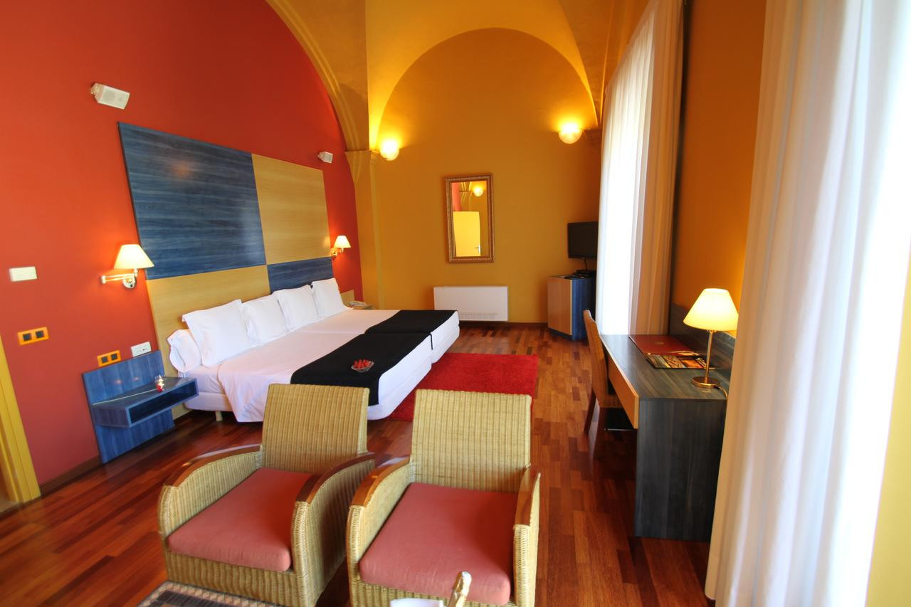 superior hardwood flooring rockwood ontario of hotel de la moneda castella³ dempaories spain booking com inside 44558760
