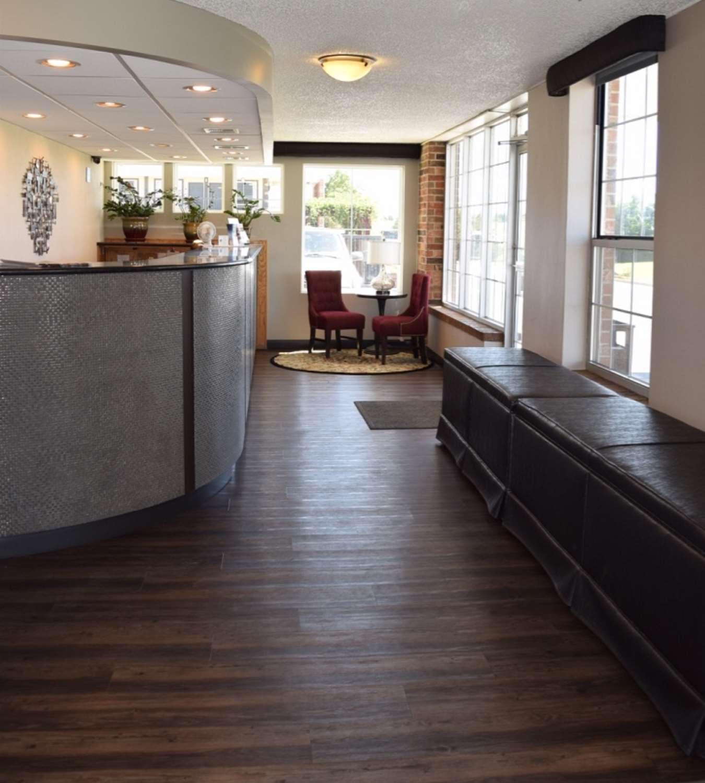 the hardwood flooring company reno of best western el reno hotel ok see discounts in lobby best western el reno hotel