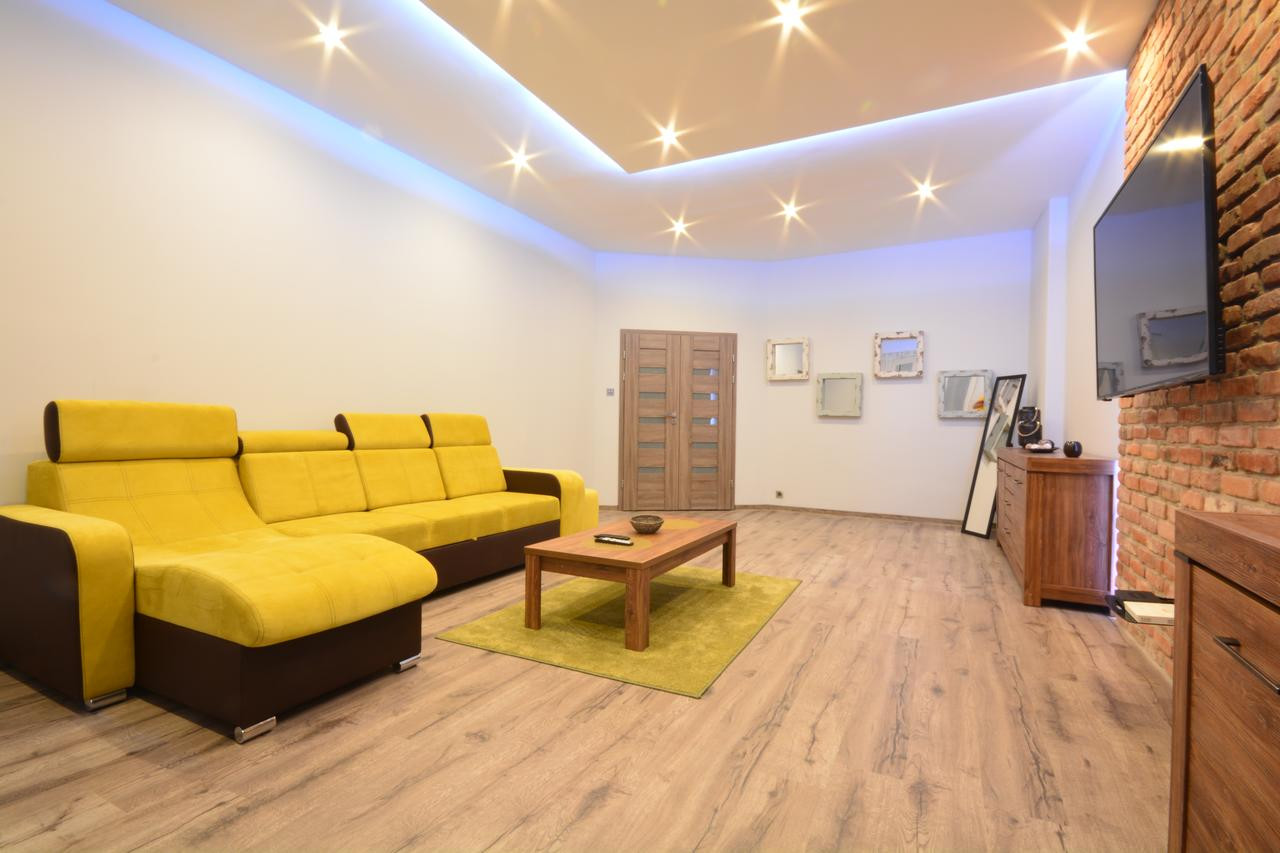 tj hardwood floors inc of apartment deluxe city katowice poland booking com for 164088049