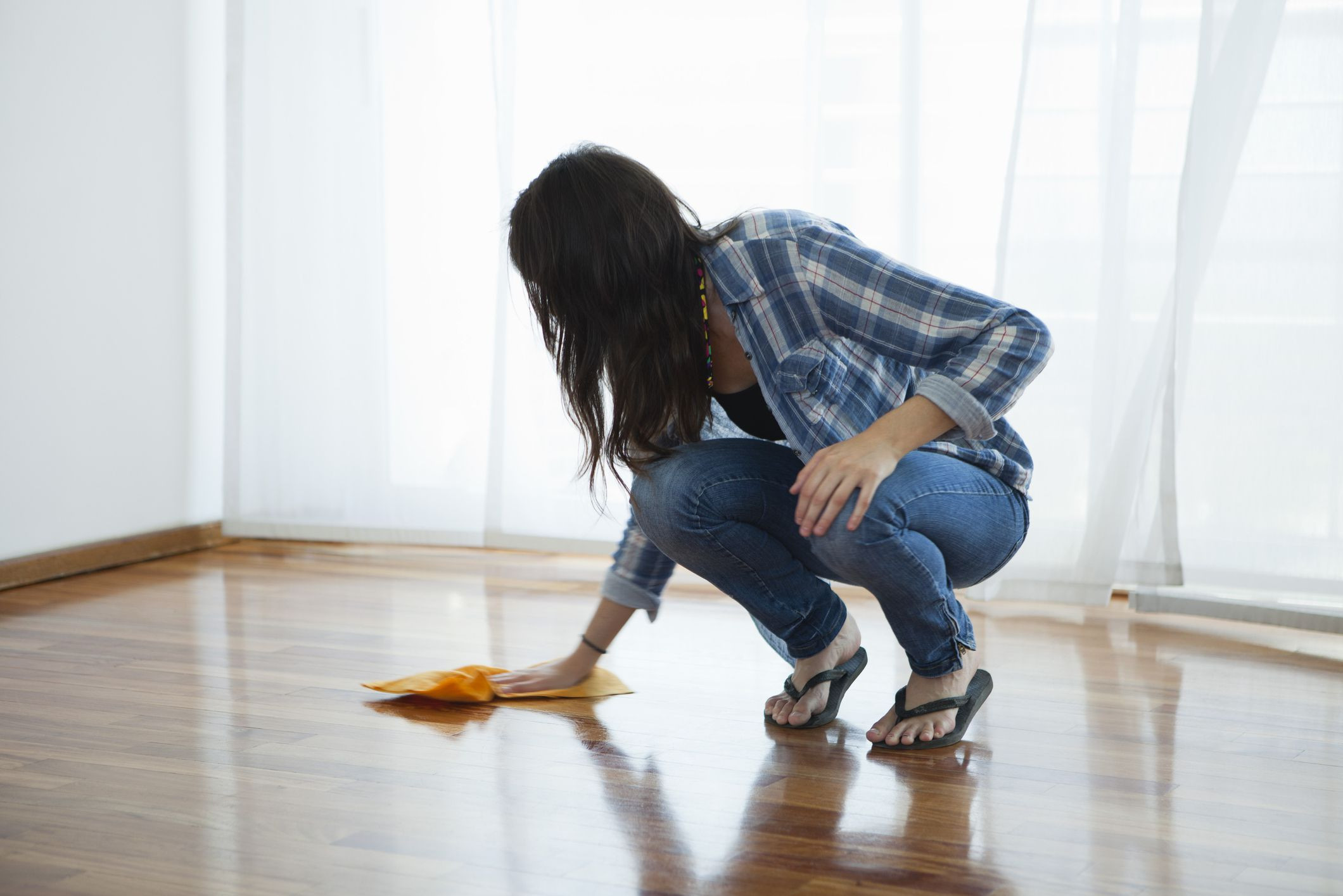vinegar water ratio for cleaning hardwood floors of all about vinegar for green cleaning intended for gettyimages 149285782 59b954c7519de200110b7cc3