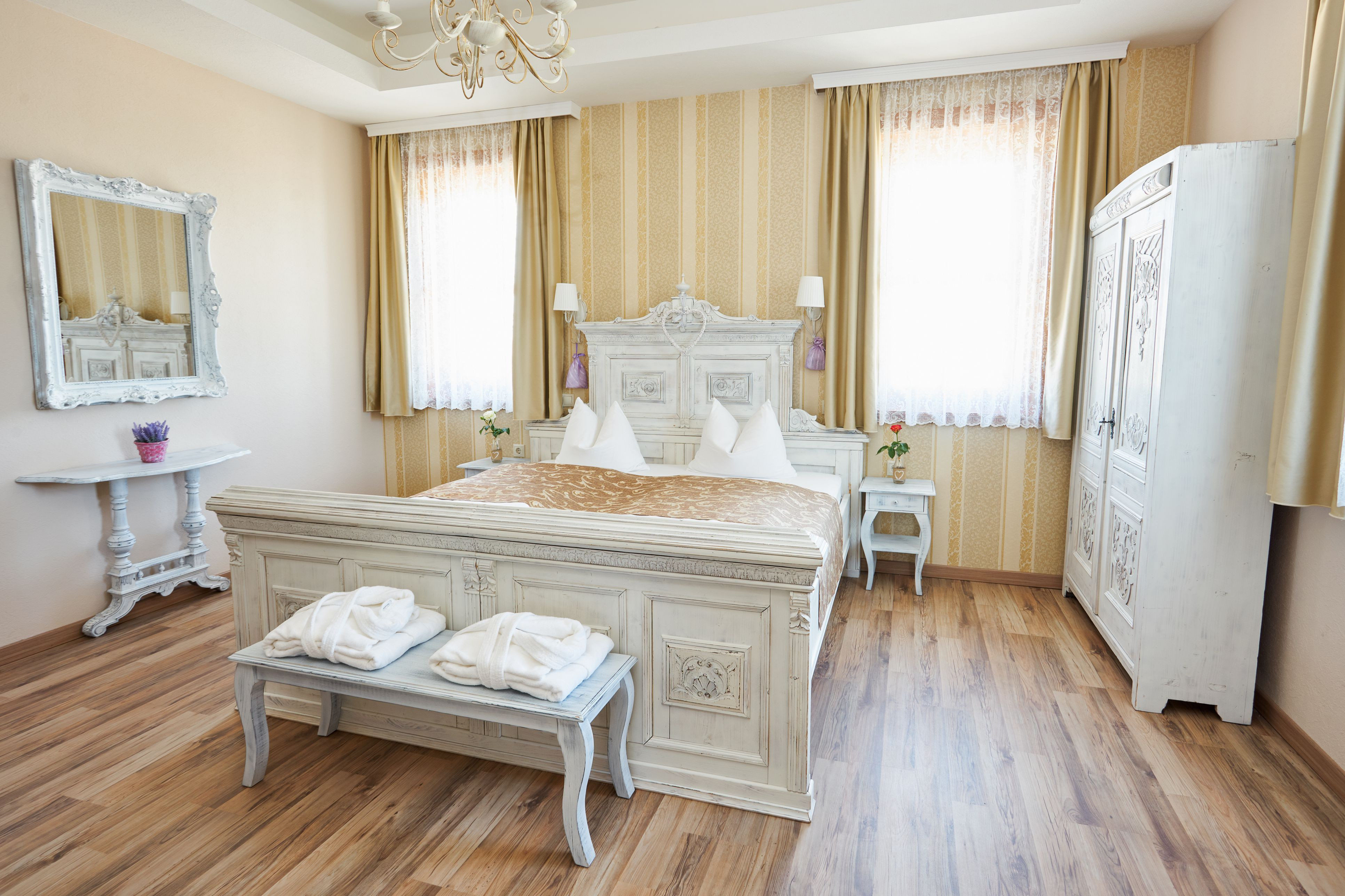 weight of hardwood flooring per square foot of how does luxury vinyl flooring differ from standard vinyl within hotel room 840458542 5aefb33e3de42300389ed58d