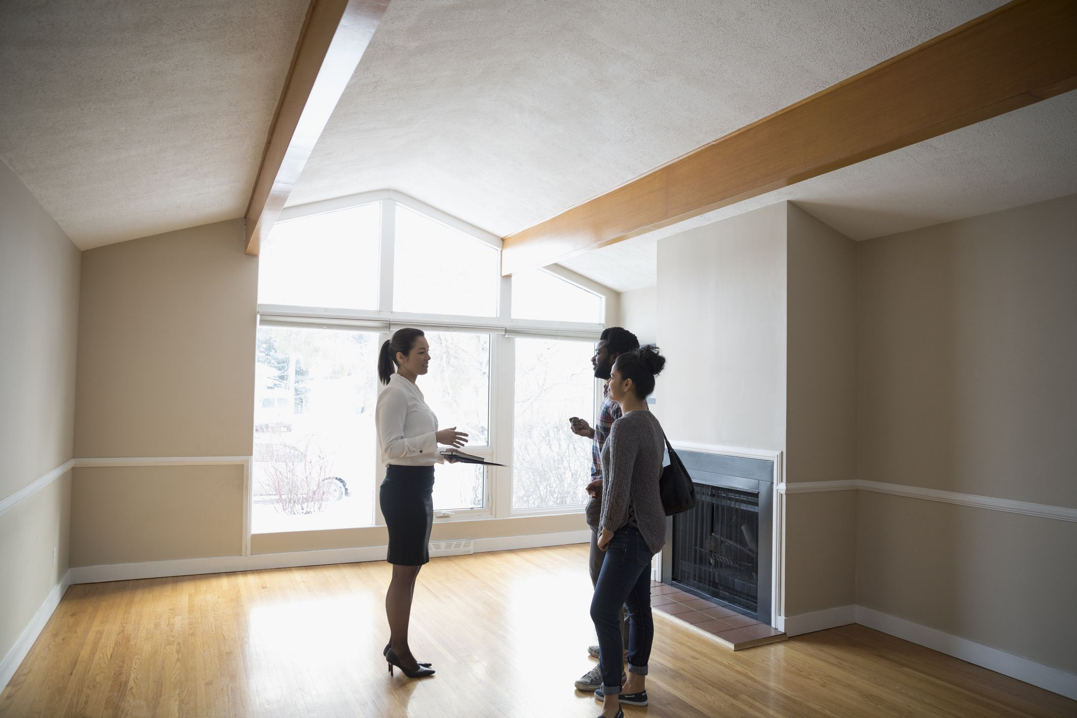 wholesale hardwood flooring portland oregon of can you save money with a discount real estate broker intended for gettyimages 944714886 5b60f52d46e0fb0050e6dfe1