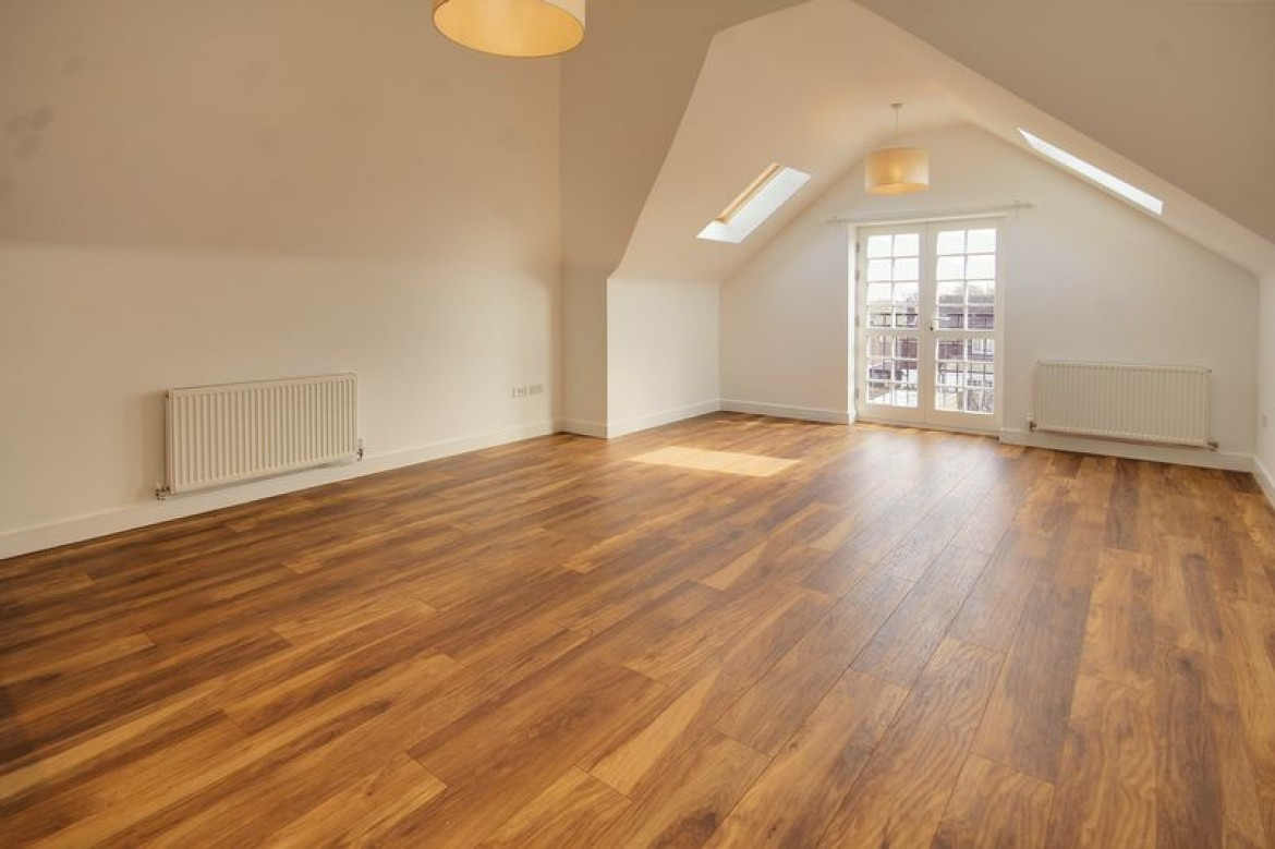 Wickham Hardwood Flooring Retailers Of Charlotte Court Upper Shirley Road Shirley 2 Bedroom Apartment with Images for Charlotte Court Upper Shirley Road Shirley Eaidallen Heritage Ww Bid