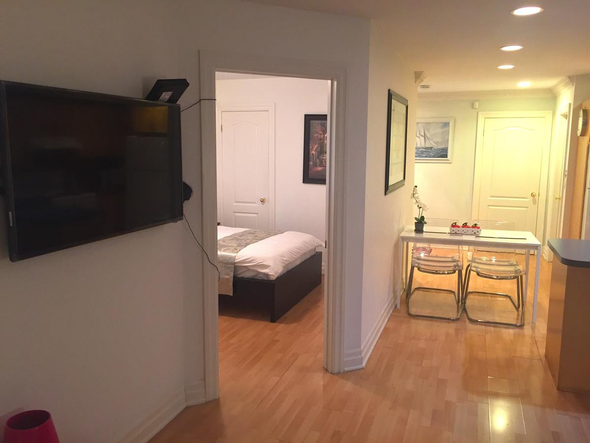 yorkdale hardwood flooring centre ontario of exclusive furnished 3br apartment toronto updated 2018 prices pertaining to 83952123