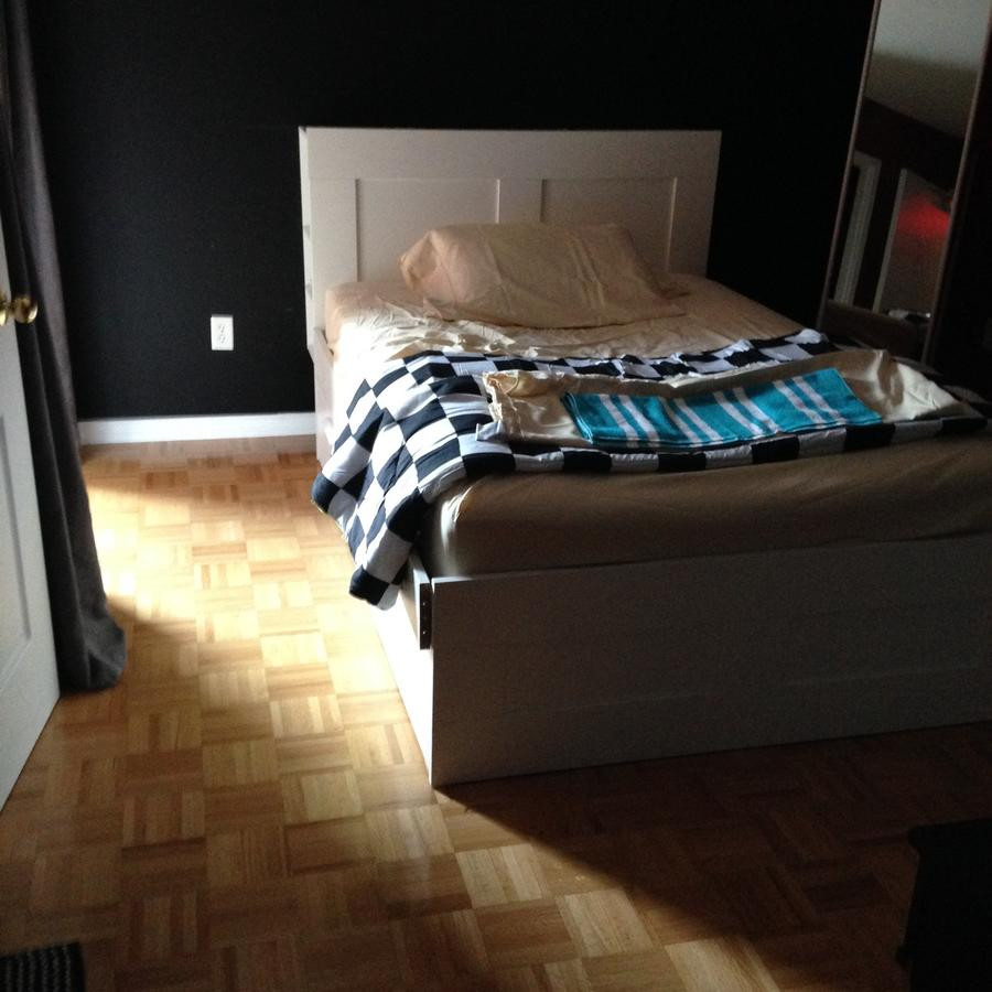 yorkdale hardwood flooring centre ontario of guesthouse toronto north campus housing canada booking com pertaining to 69124236